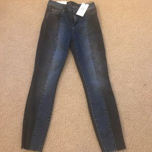 Seven for all Mankind NWT ankle skinny jean 25